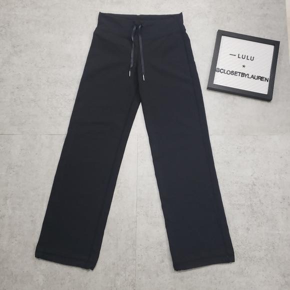 🍋Lululemon Yoga Pants with Back Zipper Pocket